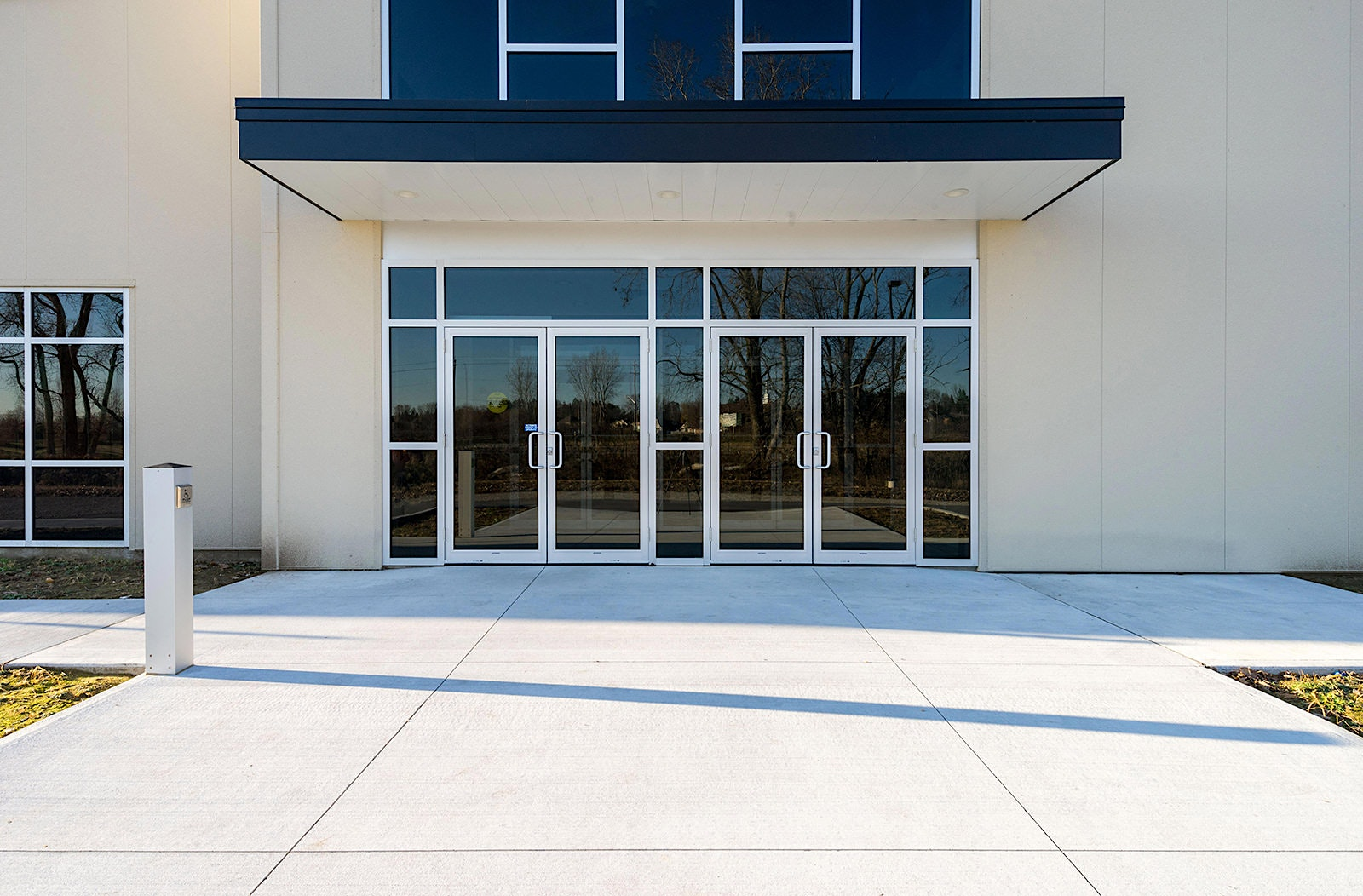 exterior-entrance-photograph-scott-webb-photography