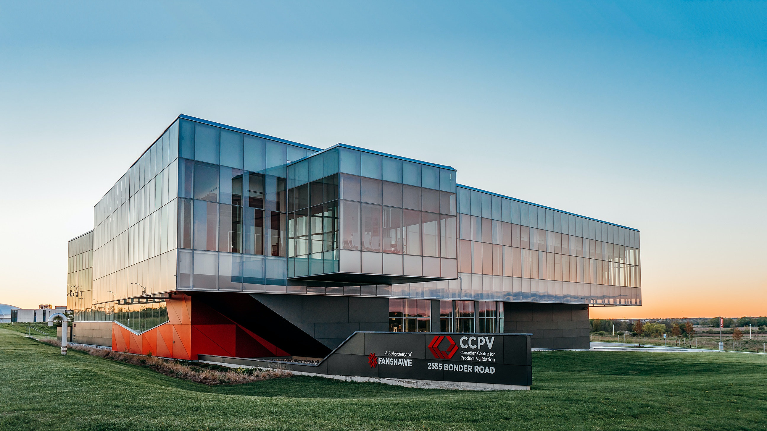 Exterior Photography of Canadian Centre for Product Validation (CCPV), Fanshawe College / architects Tillmann Ruth Robinson