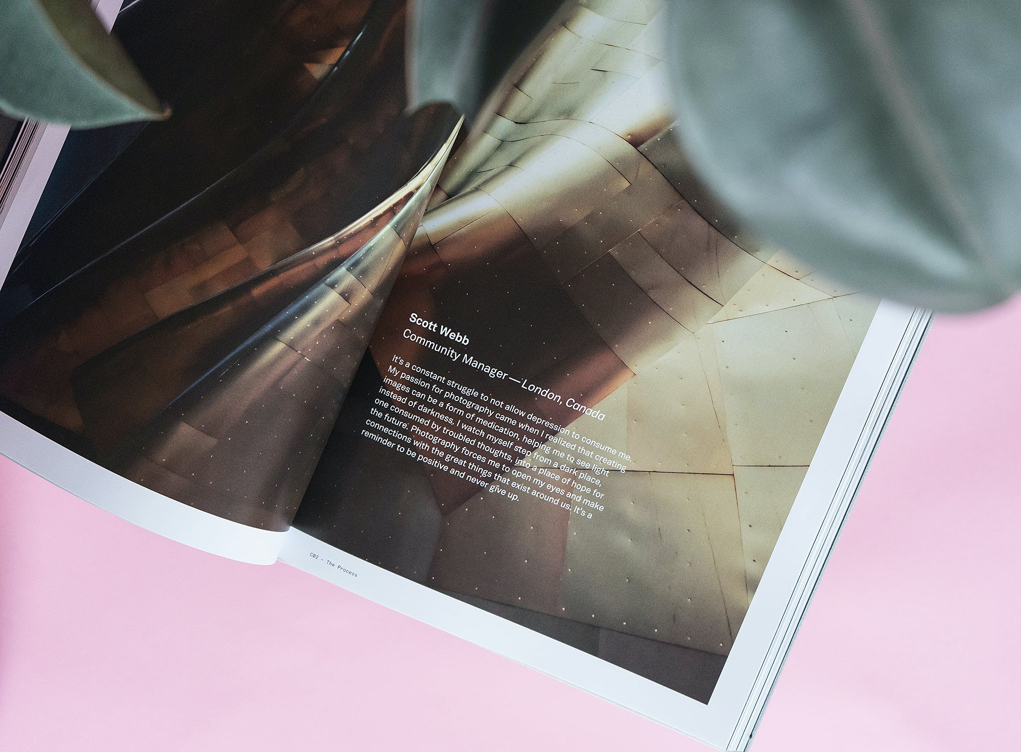 Photography helps deal with depression - Unsplash Book