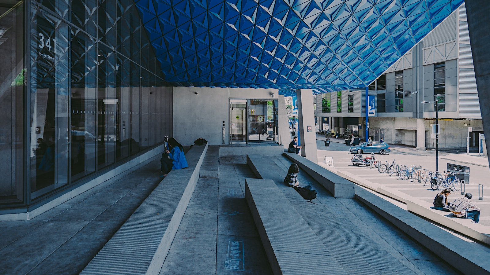 Ryerson Student Learning Centre Exterior Public Space Photo
